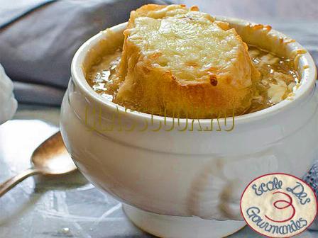Французский луковый суп рецепт.