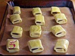 слоенные бездрожжевые булочки