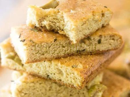 Итальянский хлеб фокачча.