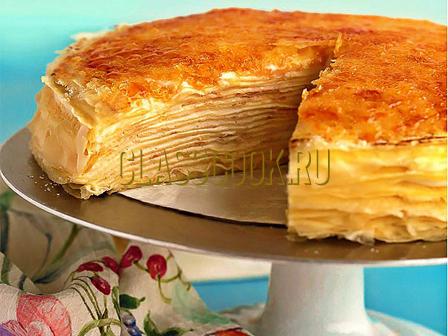 Блинный торт с заварным кремом.